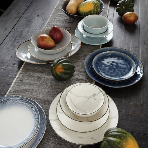 Adler 16 pc Dish Set Midnight