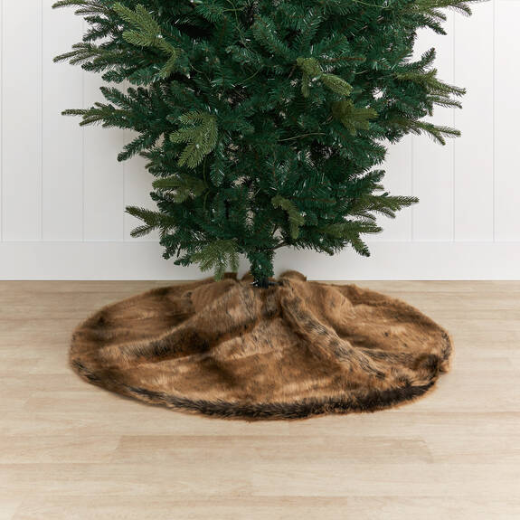 Fauna Faux Fur Tree Skirt Sable