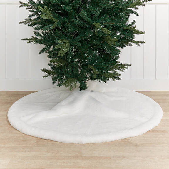 Flora Faux Fur Tree Skirt White
