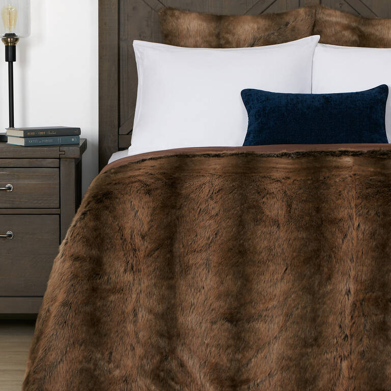 Fauna Faux Fur Bedspread Queen Sable