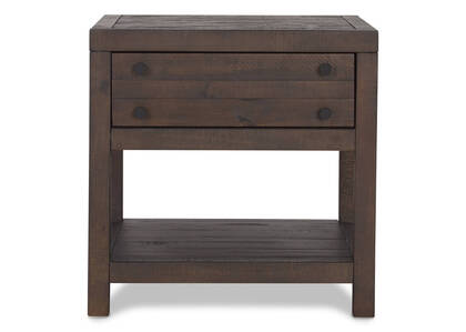 Lynncroft Side Table -Wyatt Sable