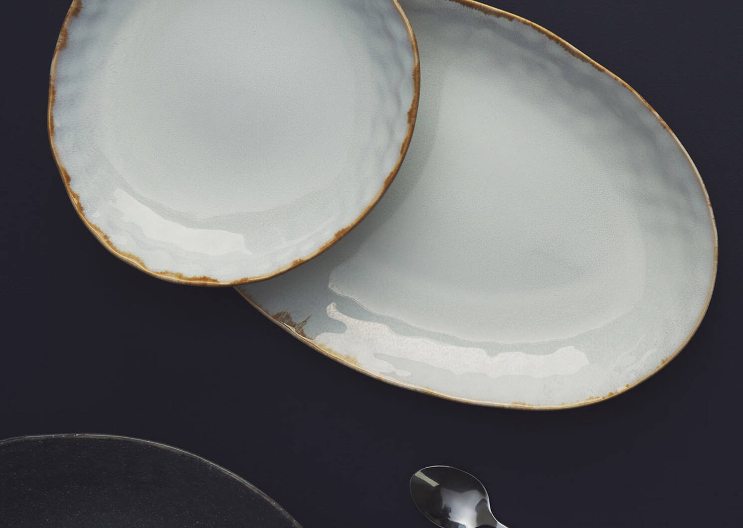 Crofton Glazed Serving Platter Lt Grey