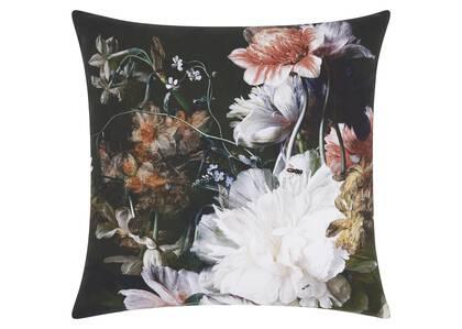 Sylvan Floral Toss 20x20