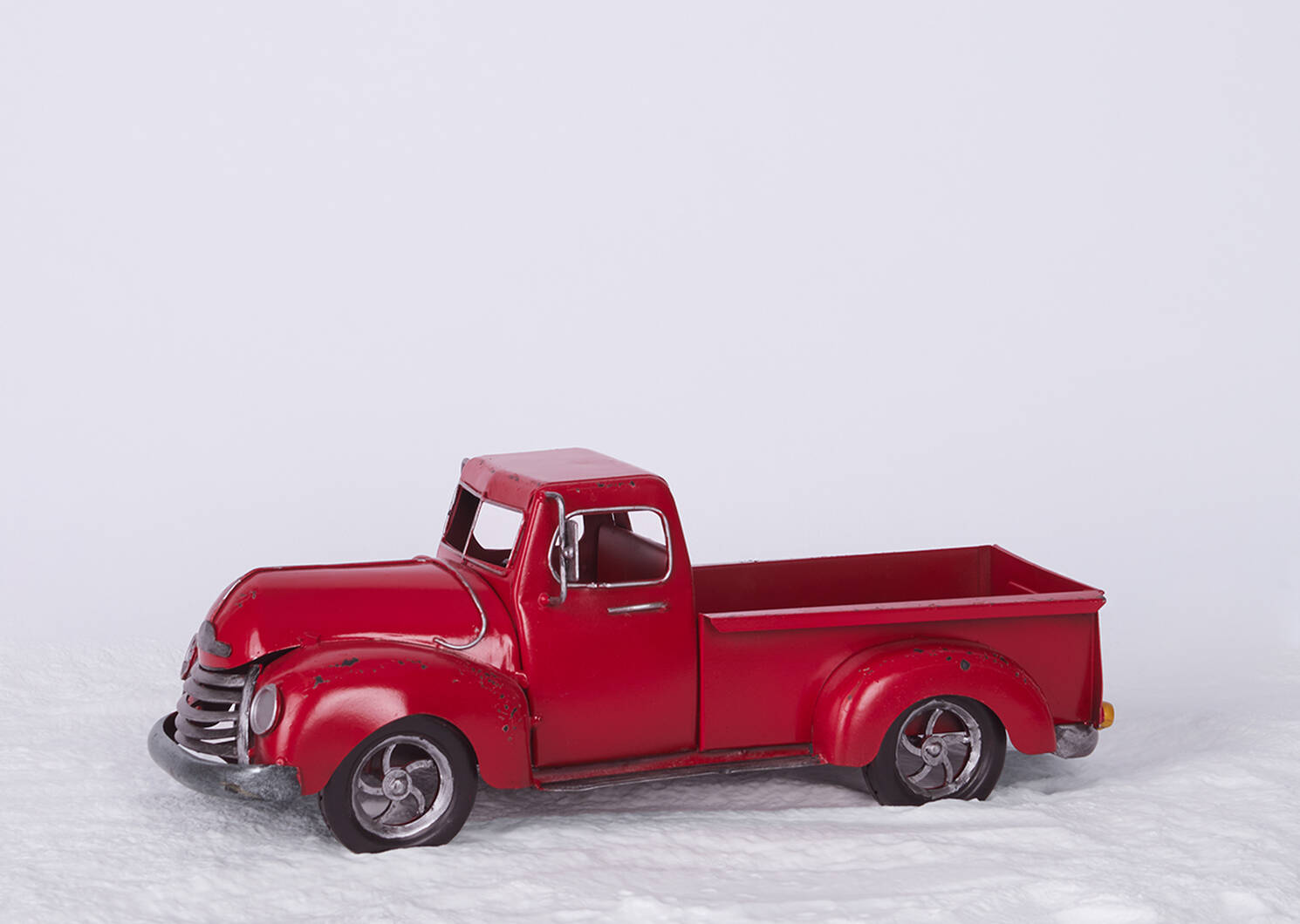 Abner Truck Décor Red