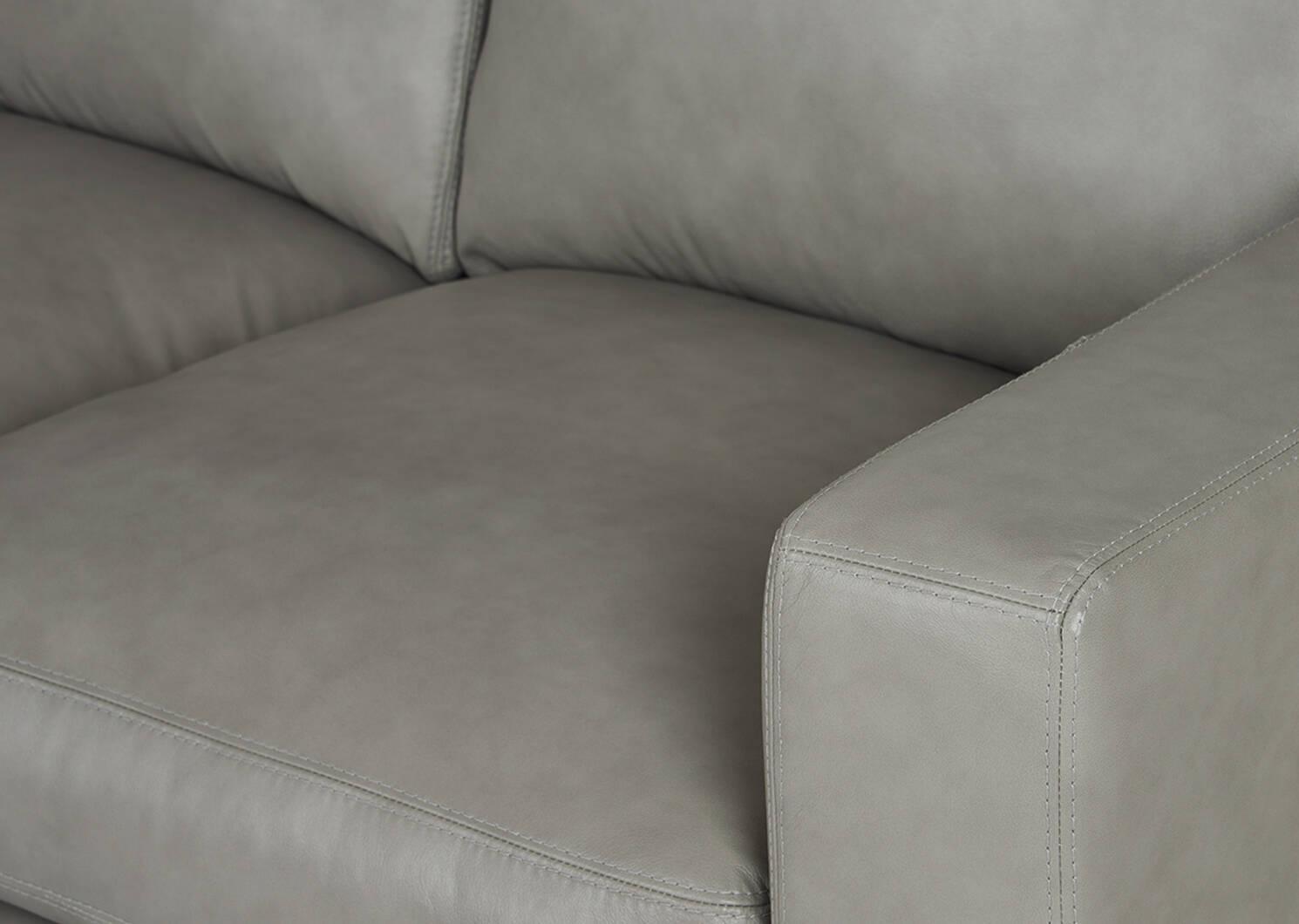 Canapé mod. en cuir Brewer personnalisé