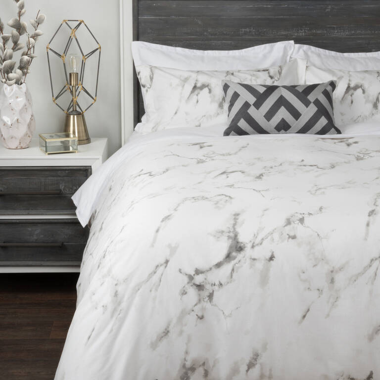 Carrara Duvet Set Queen White/Grey