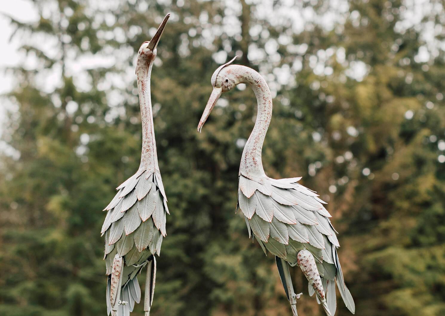 Clifford Crane Garden Décor Short