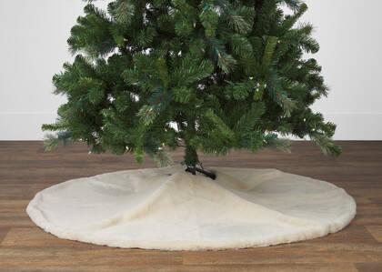 Flora Faux Fur Tree Skirt Ivory