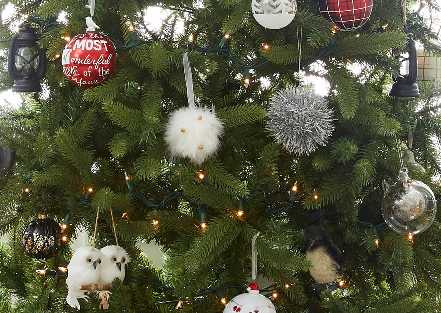 Santa's Attire Ball Orn White