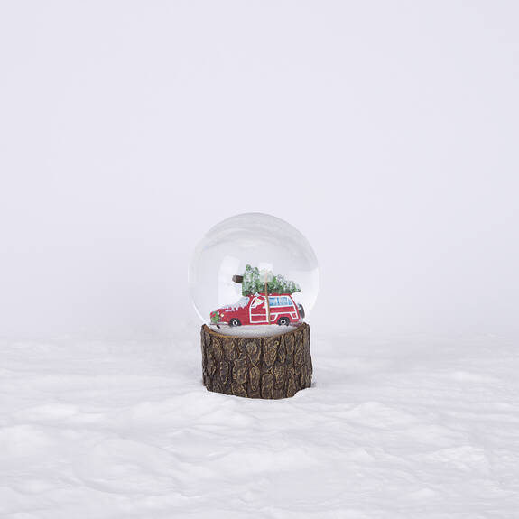 Vintage Wagon Snow Globe