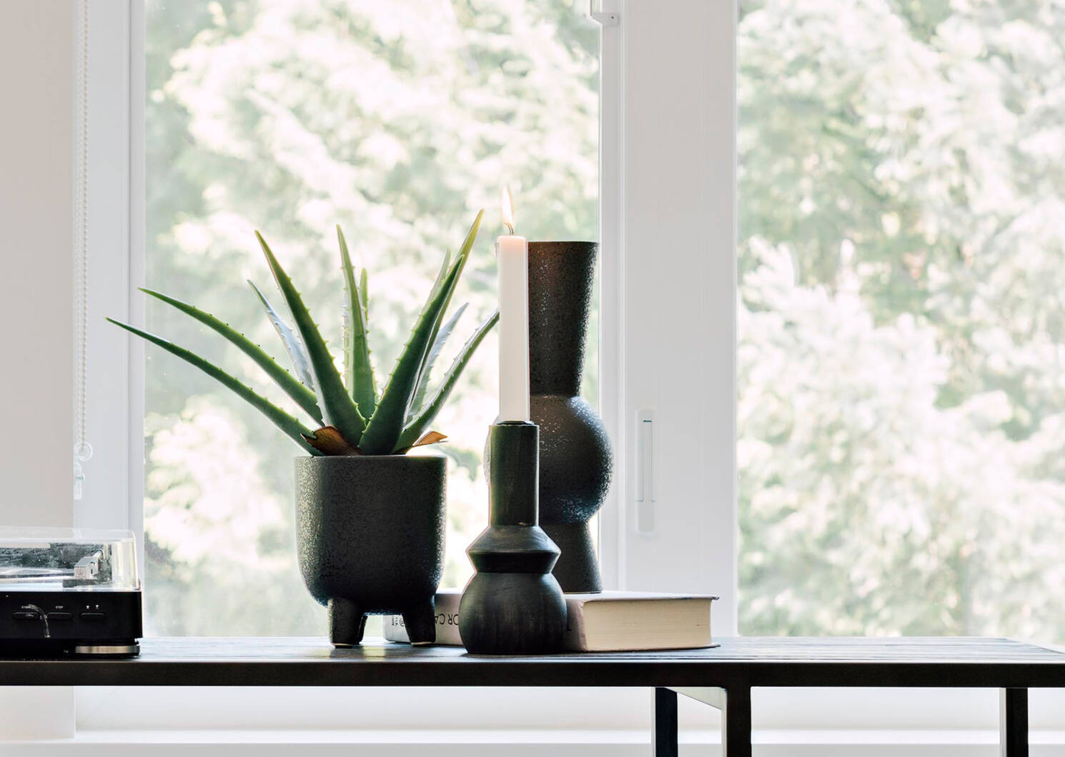 Vases Eliana noirs