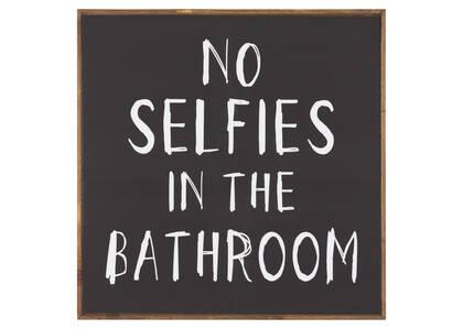 No Selfies Wall Plaque