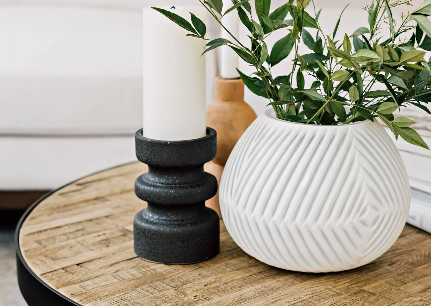 Takara Vases