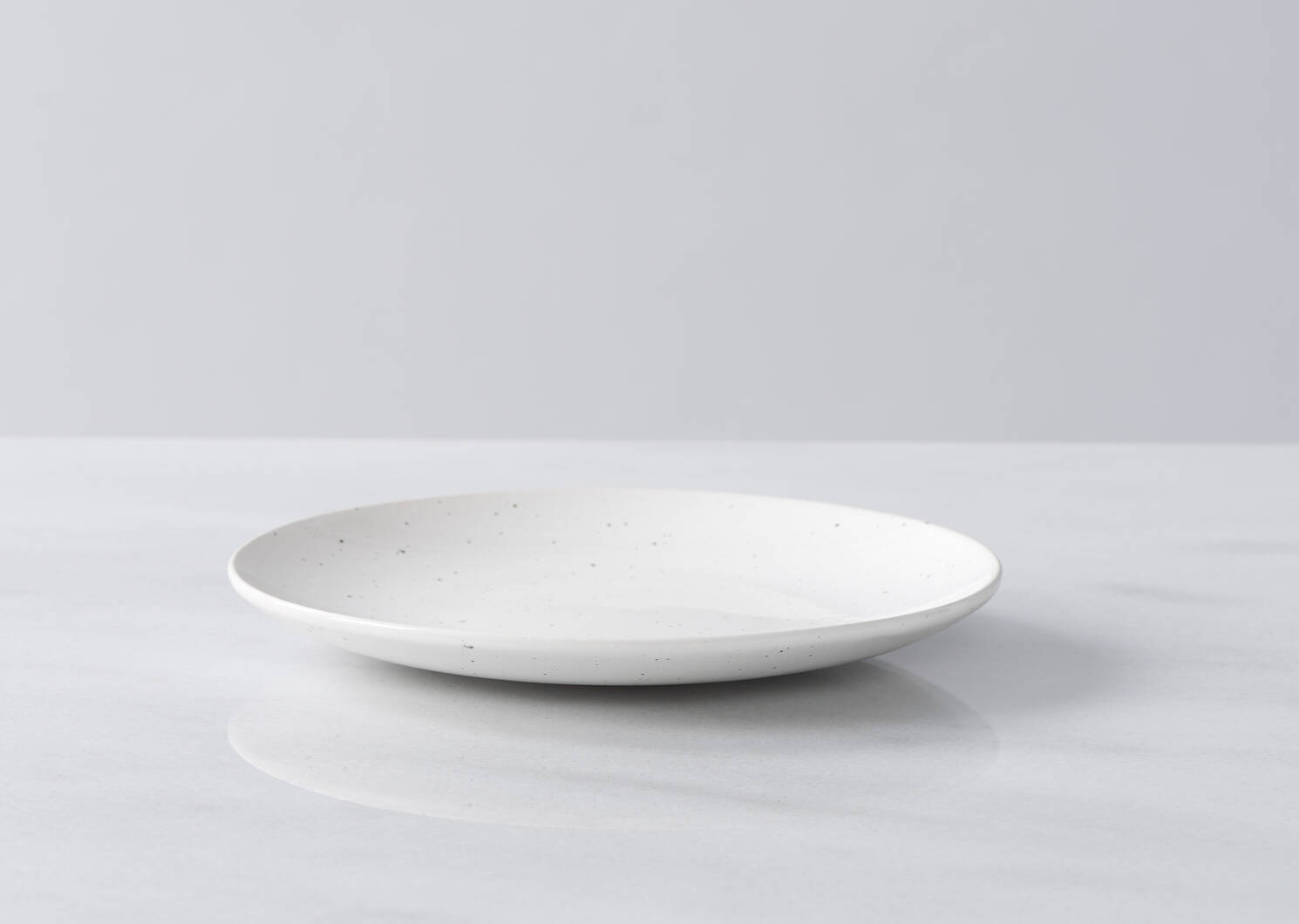 Pender 16 pc Dish Set White