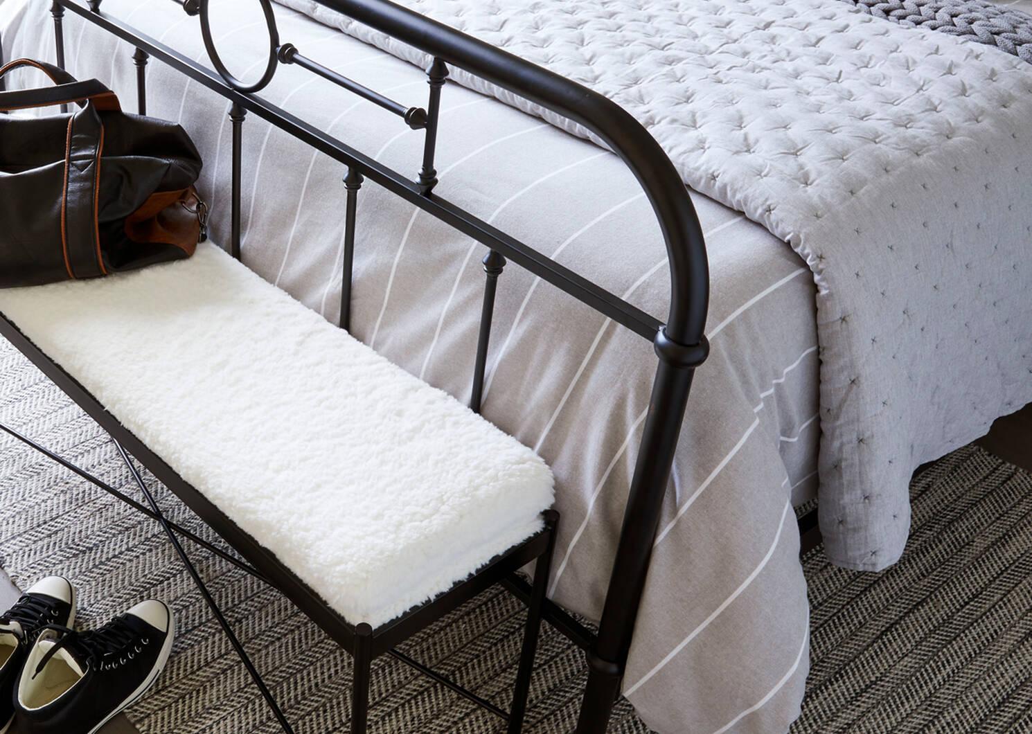 Sadler Bedspread Light Grey