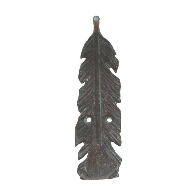 Crochet mural plume noire