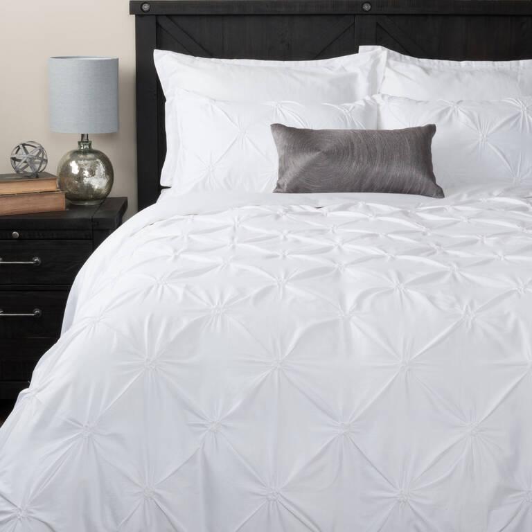 Blanka Duvet Set - White